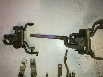 2 x Holden 4 Speed M21 manual shifter M20 & Linkages
