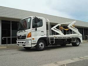 Hino FC 1022-500 Series FC 1022 Hooklift/Bi Fold Regency Park Port Adelaide Area Preview