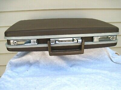 Vintage Samsonite CEO Slimline Brown Hard Shell Attache Brief Case with Key