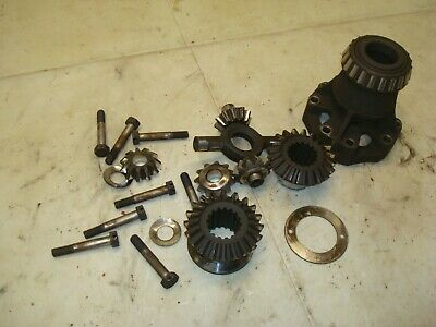 1945 Ford 2n Tractor Rearend Spider Gear Parts 9n 8n