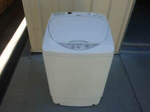 2.2 kg automatic washing machine Pacific Heights Yeppoon Area Preview