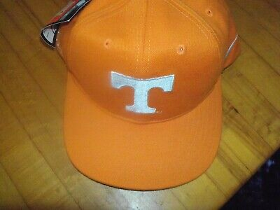NEW Nike  Tennessee Volunteers  Adjustable Hat Cap - Tennessee Volunteers Hats