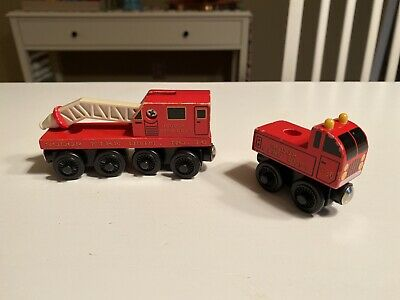 Thomas & Friends Wooden Railway Train Set Sodor Fire Co. Fire Truck & Fire Train