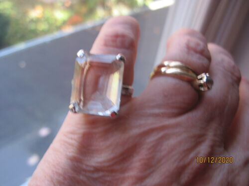 Vintage Beautiful Sterling Large (Rock?) Crystal Solitaire
