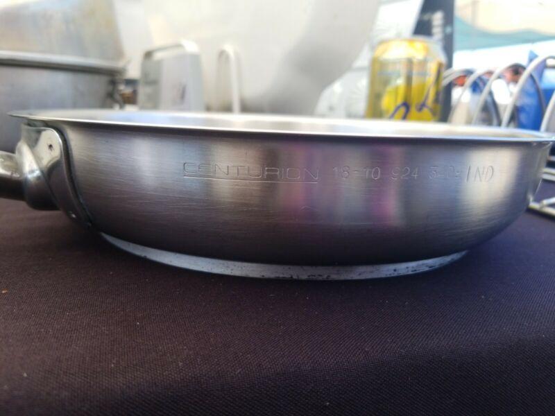 "Vollrath - 924- 3409 Centurion® 10"" in Stainless Steel Fry Pan"