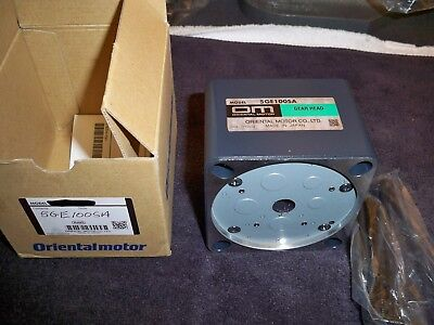 Oriental Motor 5ge100sa New Open Box 100 To 1 Gear Head