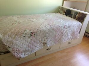 Child's bed and dresser