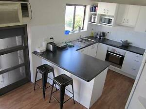 Great SINGLE BEDROOM Kangaroo Point **175$** All included Kangaroo Point Brisbane South East Preview