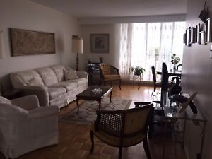 2 BEDROOM APARTMENT MEANT TO SUIT YOUR NEEDS!!