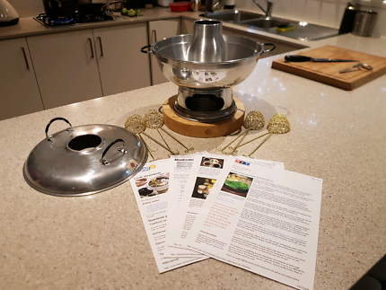 Chinese Hot Pot Cooker (Never used).