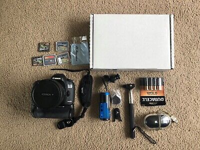 Canon EOS 5D Mark III w/ EXTRAS! (Battery grip, Memory cards etc.)