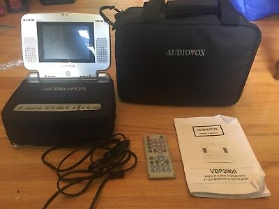 """Audiovox VBP3900 Portable 5"""" DVD Player In A Bag - Tested"""