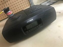 Sony ICF-CD820 AM/FM CD Player with Clock Radio Tested & Worked READ / BEST !!!
