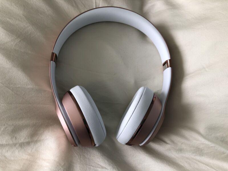 Beats Solo 3 Wireless Headphone Rose Gold Headphones Earphones Gumtree Australia Kingston Area Clarinda 1253485799