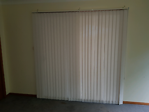 Venetian blinds x 2 Kurrajong Heights Hawkesbury Area Preview