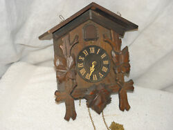 Old Japanese cuckoo clock. (Miken)