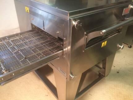 XLT Pizza Oven Conveyor