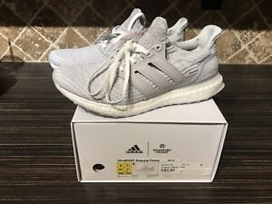 ADIDAS ULTRA BOOST  V3 REIGNING CHAMP Deadstock