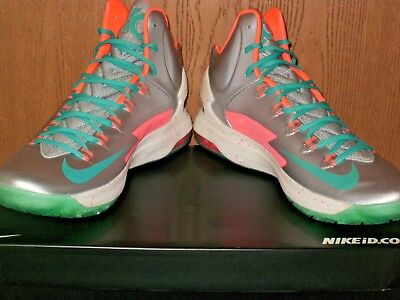 pretty nice 277e5 58af7 KD V 5 Nike ID Kevin Durant Glow-in-the-dark!