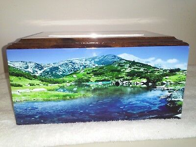 (904 Solid Hard Wood Mountain Cremation urn free etched plate.)