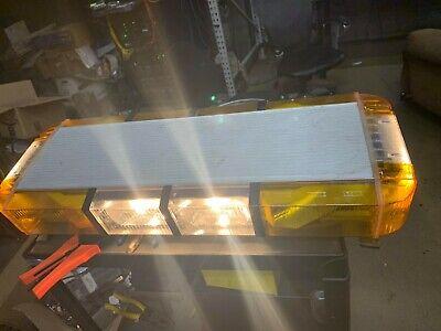 Whelen 9M Edge 9000 Mini Light Bar Linear Strobe Slide Mount