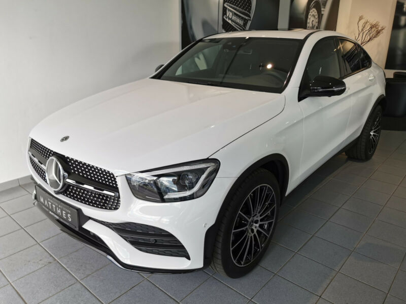 Mercedes-Benz GLC 300 4M Coupe - Burmester - MULTIBEAM - Night