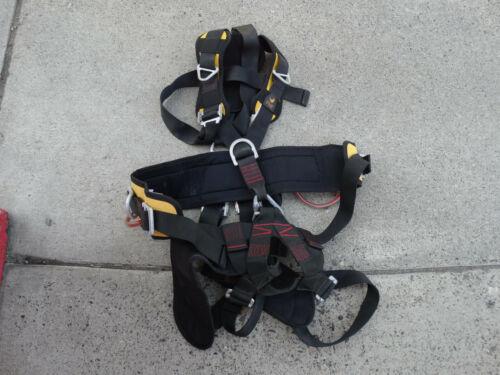PMI (Pigeon Mountain Industries) SG51044 Avatar Harness