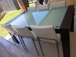 MODERN GLASS TOP DINNING TABLE $ 6 CHAIRS BRAND NEW $600 Chester Hill Bankstown Area Preview
