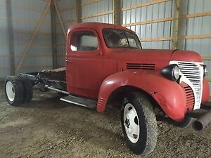 1946 dodge  fargo cab and chassis