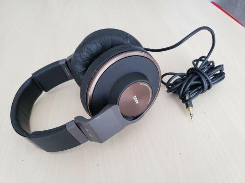 ☞ AKG K553 Pro Headband Headphones  Black Professional Headphones
