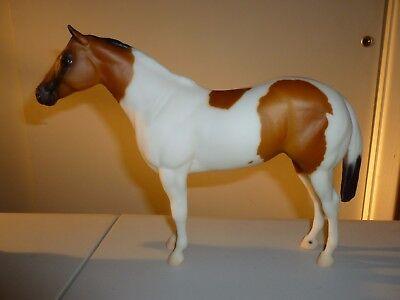 breyer horse 2000 Breyerfest Leahs Fancy Chick Buckskin Tobiano