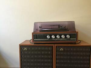 Vintage/ retro 70s modular record player. Coburg Moreland Area Preview