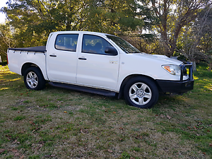 Toyota Hilux dual cab turbo diesel 150000kms Woodford Blue Mountains Preview
