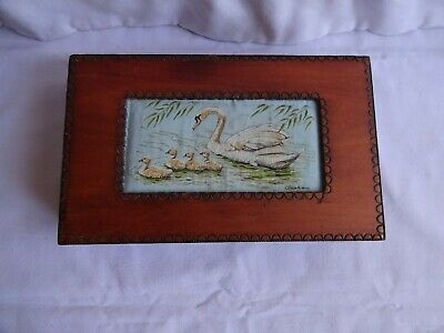 Vintage Wooden Box Hinged Lid Inset Woven Swan Picture  5 cm x 22 cm x 13.5 cm
