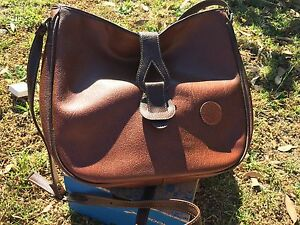Leather carry bag Mount Helen Ballarat City Preview