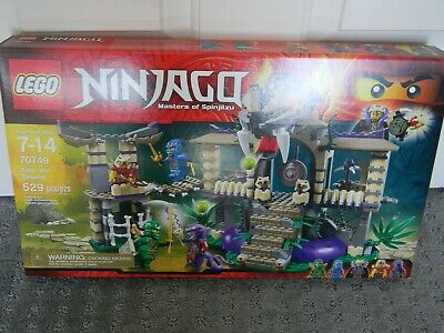 Lego City Ninjago - 70749 Enter The Serpent - New in box !!!