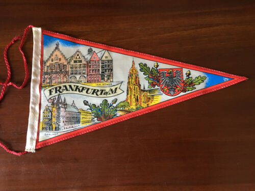 Vintage European travel Pennants/Flags Frankfurt