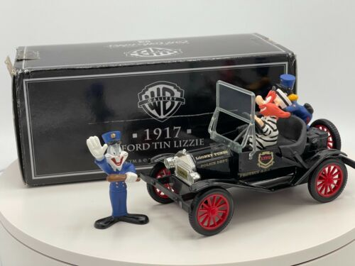 Ertl Collectibles WB 1917 Ford Tin Lizzie Looney Tunes Police Car Bugs Bunny