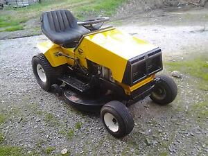 Greenfield (Honda Powered) 32 inch cut ride on mower Garfield Cardinia Area Preview