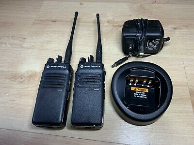 Motorola DP2400 UHF Two-Way Radios/Walkie Talkies w/Charger
