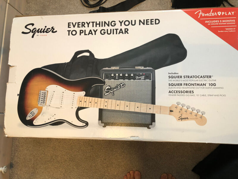 Squier FSR Stratocaster Electric Guitar Pack 3 Colour Sunburst with Gig Bag, Amp