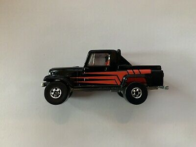Hot Wheels 1982 Jeep Trailbuster Truck Red Black India