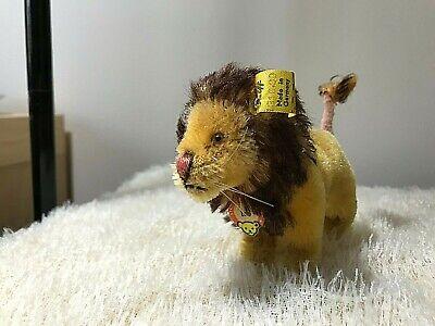 vintage steiff Stuffed animal -- Lion