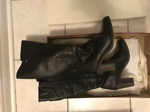 Naturalizer black boots size 8 for $40 only