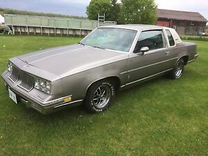 1983 Oldsmobile cutlass supreme brougham