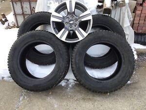 4-Mags neuf 18pouces Chevrolet, GMC avec 4-Pneus d'hiver Toyo