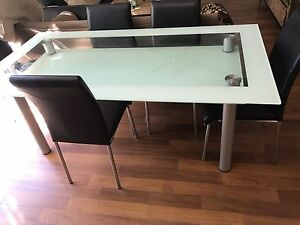 6 seat dining room table Tallai Gold Coast City Preview