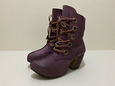 """John Fluevog Leather Ankle Boots ~ US 11.5  ~ Great Cond Suede """" Prepare Map """""""