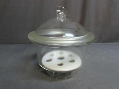Pyrex 7 Lab Laboratory Exicator Glass Dessicator