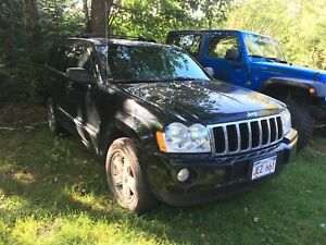 2007 Jeep Grand Cherokee Limited  ** HEMI **